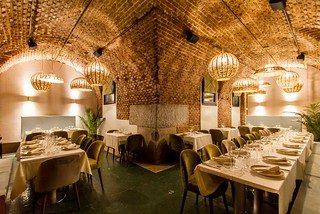 El nuevo restaurante Arrabal abrió este veranos sus puertas en la Plaza Mayor de Madrid