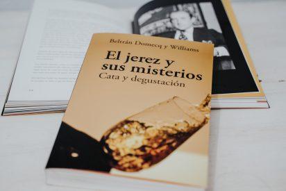 """Nueva edición revisada y mejorada de """"El jerez y sus misterios"""" por Beltrán Domecq"""