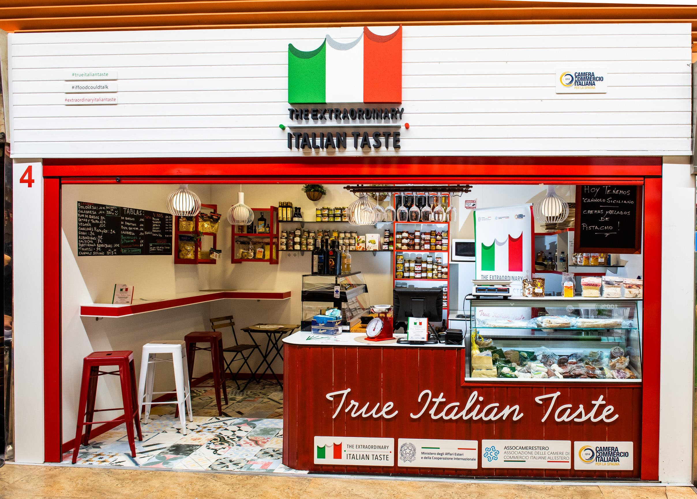 Vuelve hasta el 30 de septiembre el Pop Up de True Italian Taste, la tienda efímera de productos auténticos italianos en el Mercado de Chamberí