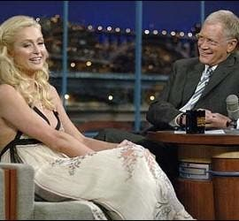 David Letterman junto a Paris Hilton.