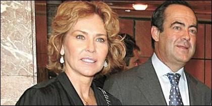 José Bono con su mujer Ana Rodríguez.