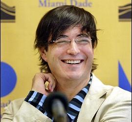 Escritor peruano 'falleció' en Madrid.
