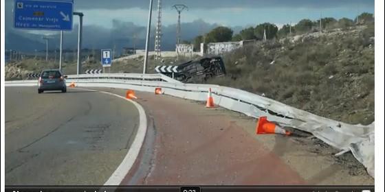 accidente brutal grabado por camaras de la autopista
