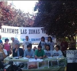 Los vecinos protestaron contra el proyecto de minivaticano