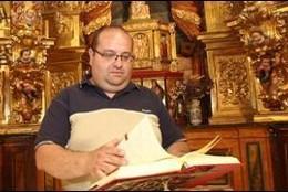 El padre Arnedo, uno de los sacerdotes riojanos