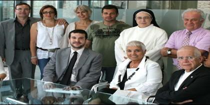 Miembros de la Fundació Rosa Oriol el día de su constitución