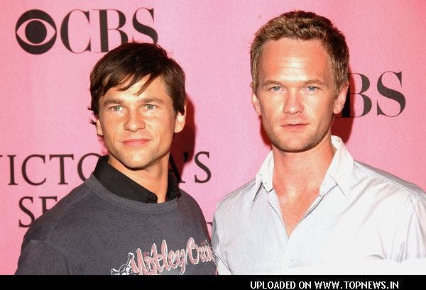 Neil Patrick Harris og hans partner David Burtka far til tvillinger! thumbnail