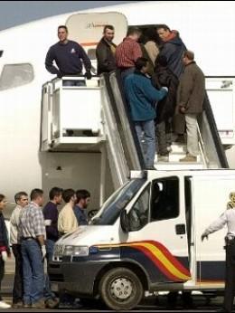 Deportados.