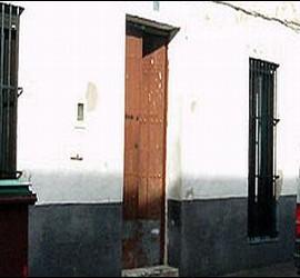 Fachada de la casa donde la menor estaba secuestrada