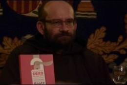 El fraile capuchino, durante la presentación de su libro