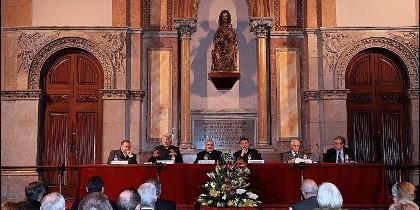 Sesión en la Facultad de Teología de Cataluña
