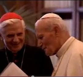 Juan Pablo II y el entonces cardenal Ratzinger