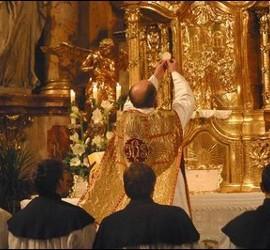 Vuelven las misas de latín