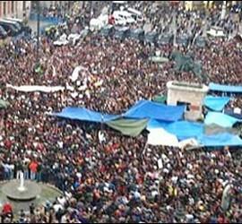 Miles de 'indignados' se concentran en Sol. 18 mayo 2011