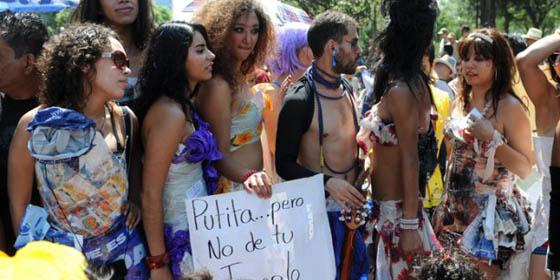 http://www.periodistadigital.com/imagenes/2011/06/13/marchadelasputas2.jpg