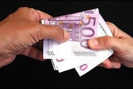 Corrupción, soborno, dinero, euros, pagos.