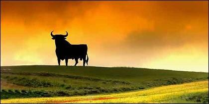 España, el toro, el turismo y los tópicos.