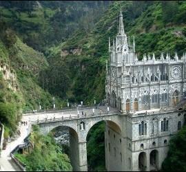 Iglesia de Las Lajas en Colombia
