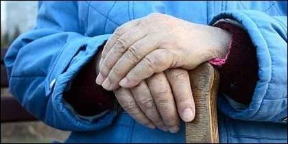 Edad, vejez, jubilación y unas manos todavía útiles.