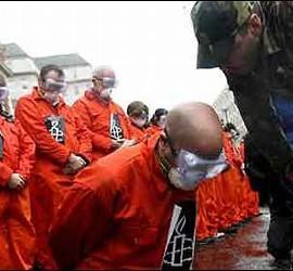 Manifestación contra la prisión de Guantánamo.