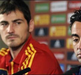Xavi e Iker Casillas.