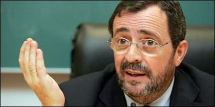 Javier González Ferrari.