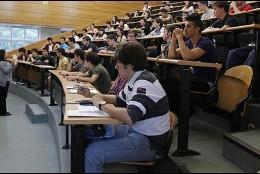 Universitarios, estudios superiores.