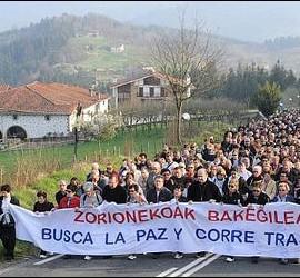 Munilla, en la marcha por la paz de Aránzazu