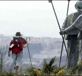 Peregrinos en el camino a Santiago de Compostela.