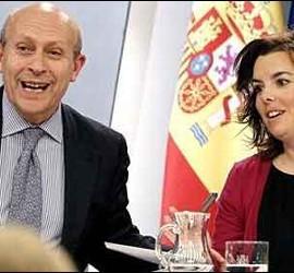 José Ignacio Wert y Soraya Sáenz de Santamaría.