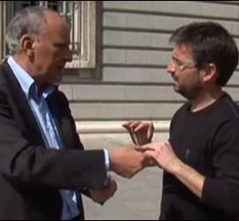 Juan G. Bedoya (El País) con El Follonero