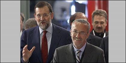 Rajoy y su gurú.