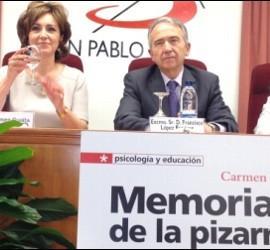 Carmen Guaita en la presentación de Memorias de la Pizarra