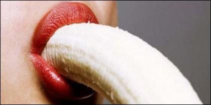 Sexo, erotismo, fruta, vicio y pasión.