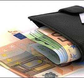 Dinero, euros, millonarios, economía y crisis.