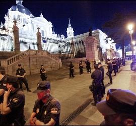 Despliegue policial ante La Almudena