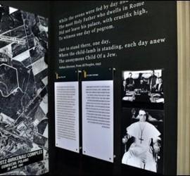 Pío XII, en el Museo del Holocausto