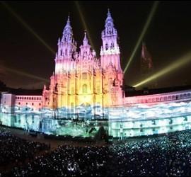 Imagen de la Catedral de Santiago de Compostela en la celebración del VIII centenario.