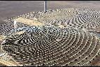 Planta solar, placas y energía fotovoltaica.