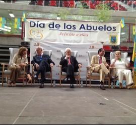 Presidencia del Dia de los Abuelos