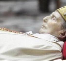 Abierta la capilla ardiente del cardenal Martini