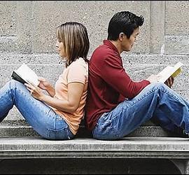 Universidad, estudiante, beca y Programa Erasmus.