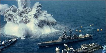 Barcos de guerra en acción.