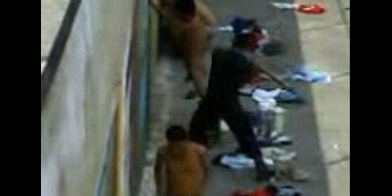 Palizas a los presos en las cárceles de Venezuela.