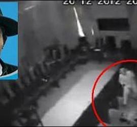El diputado Domingo Alcibia en plena violación.
