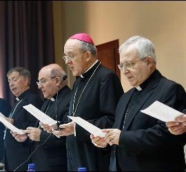 Osoro, con los obispos valencianos