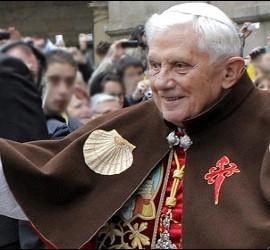 El Papa Benedicto XVI de peregrino en Santiago de Compostela.