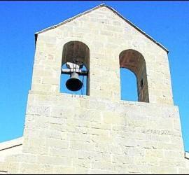 El campanario, sin una de las campanas