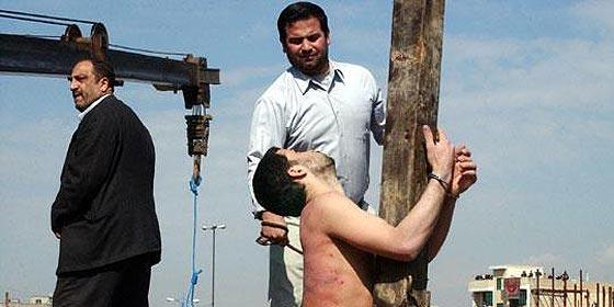 'Monarquía de Al Saud tiene privilegio de asesinar a musulmanes'