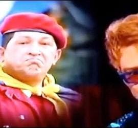 Justin Timberlake parodiando al difunto Hugo Chávez.
